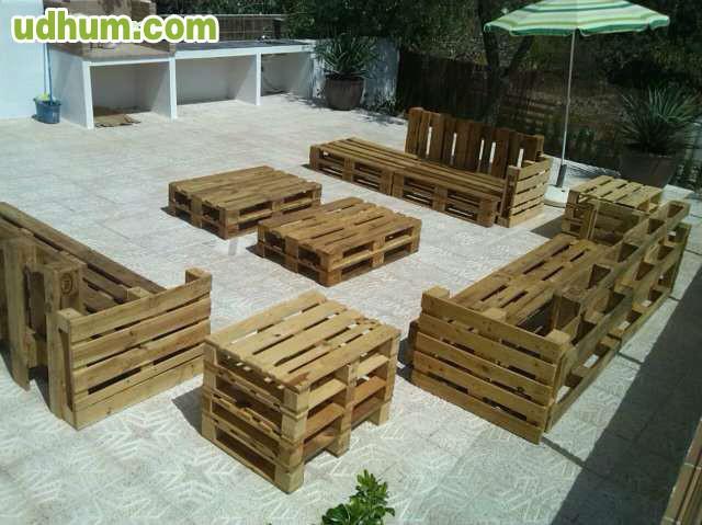 Conjuntos de terraza hechos con palets for Articulos hechos con palets