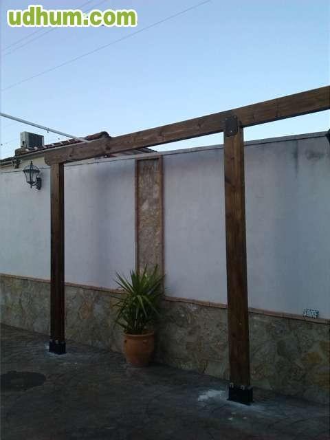 Pergolas y vigas de madera for Vigas de madera para jardin