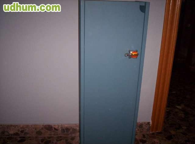 Armarios De Baño Para Colgar:Vendo armario de baño que se puede colgar, con 3 baldas de cristal