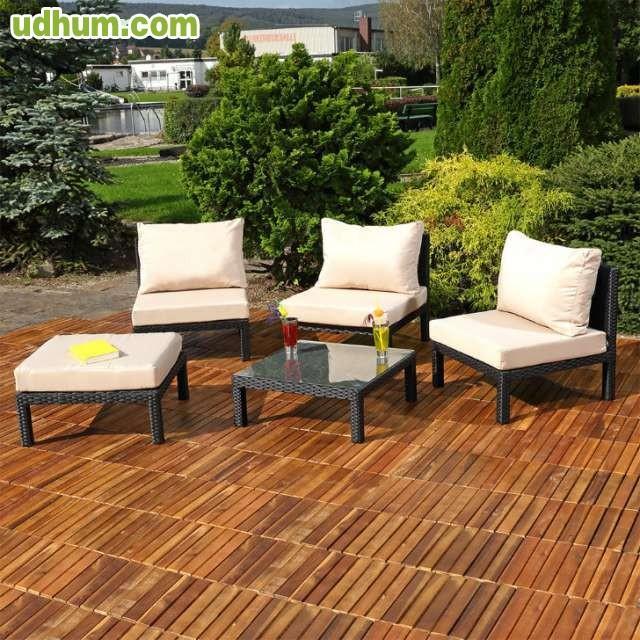 Conjunto 6 sofas puff mesa terraza for Conjunto sofa terraza