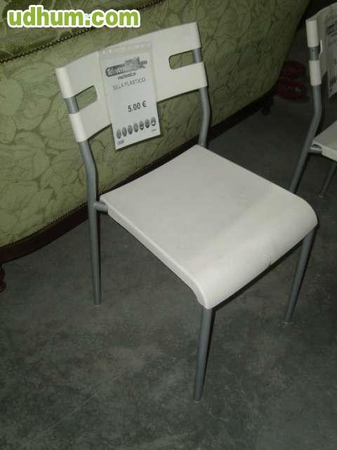 Silla plastico blanca for Sillas blancas apilables