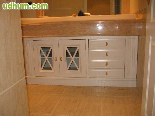 fabrican muebles de baño a medida varios modelos, lacados, rusticos