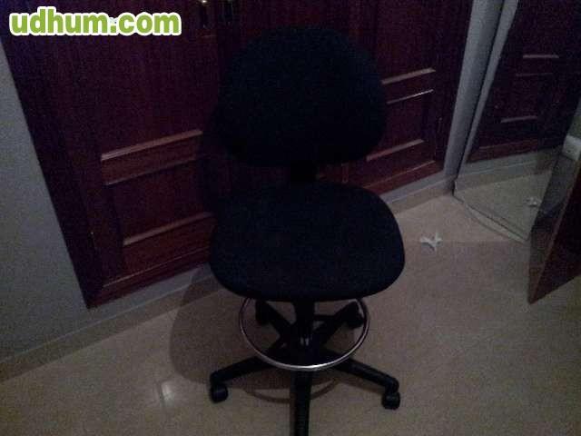 Silla de oficina regulable for Oficinas santander almeria