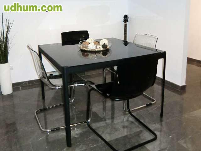 mesa y 4 sillas ikea metal y cristal