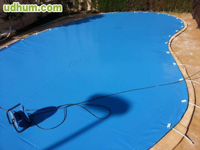 Lona para piscina 6 for Polvo en la piscina