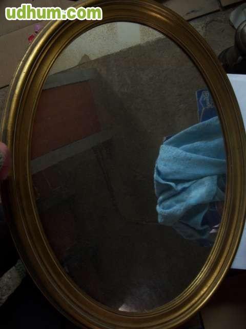 Espejo ovalado dorado for Espejos dorados ovalados
