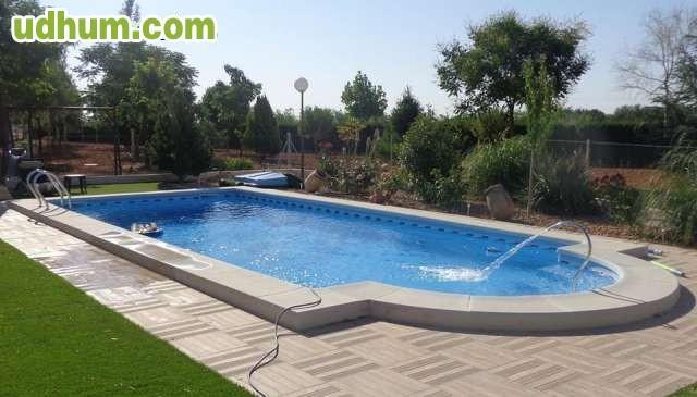 Paslpool piscinas de poliester 24 for Piscina loja granada