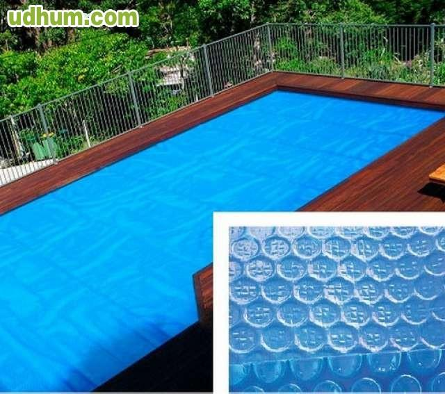 lona flotante de burbujas para piscinas