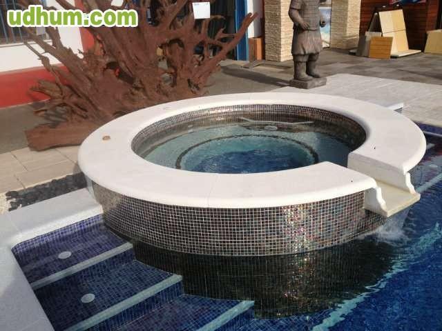 Fabricantes de piscinas for Fabricantes de piscinas de poliester