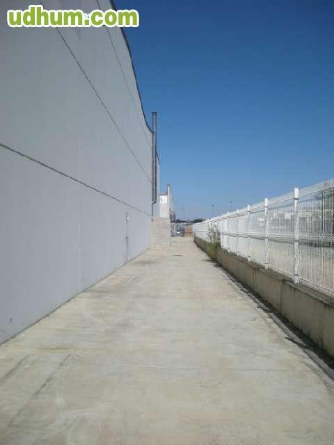 Poligono fachada nacional ii for Precio granito nacional m2