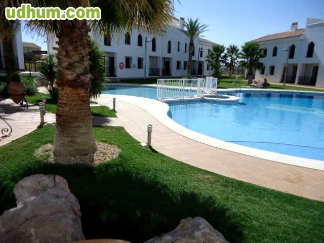 Alquiler de piso 2 dormitorios piscina for Alquiler de piscinas