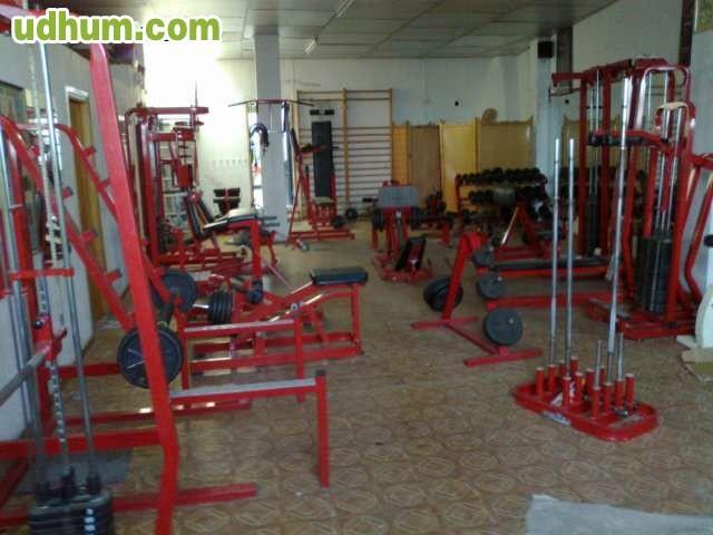 Maquinaria de gimnasio de segunda mano for Gimnasio jaen
