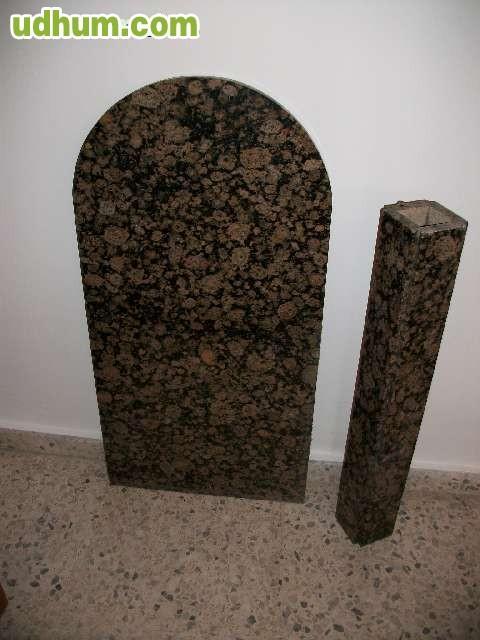 Mesa en piedra de granito for Granito en piedra