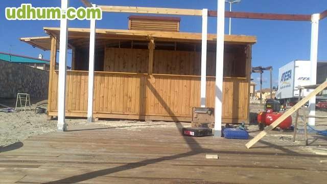 Fabricacion de chiringuitos de playa 1 for Alquiler chiringuito madera