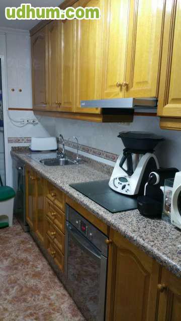 Cocina completa semi nueva roble for Oferta cocina completa