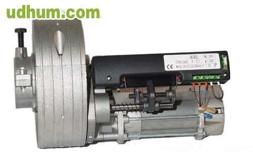 Montaje de motores persiana automatica for Motor de persiana