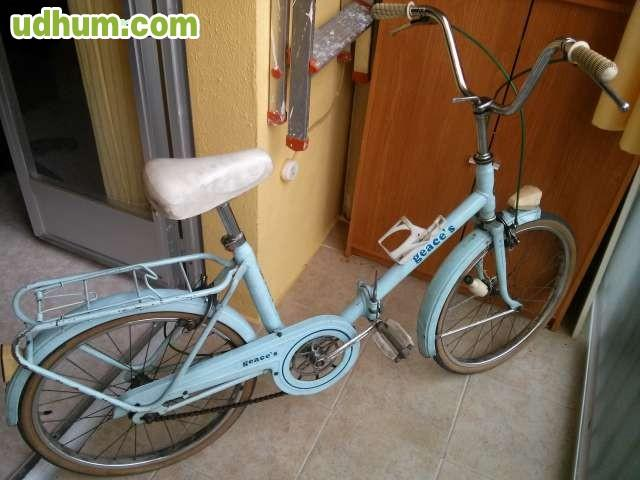Bicicleta antigua plegable - Guardar bicicletas en poco espacio ...