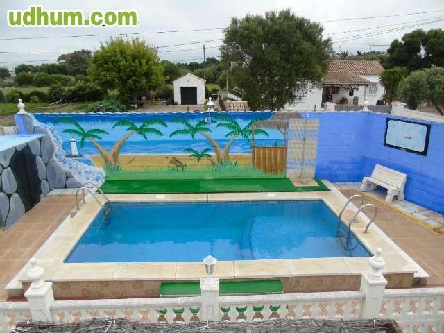 Casa con piscina privada en zahora for Casas en zahora con piscina