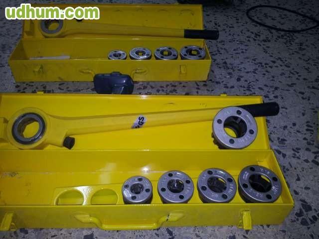 Herramientas de electricista for Escalera de electricista