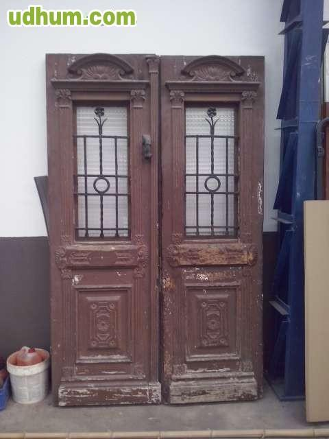 Puertas antiguas de fachada - Restaurar puertas antiguas ...
