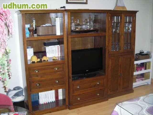 Mueble de salon de madera maciza for Muebles salon madera maciza