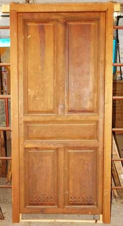 Recojo puertas y portones de madera for Puertas y portones de madera