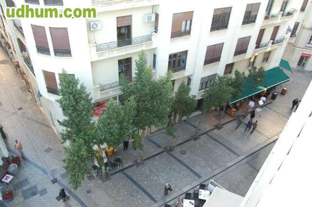 Centro historico plaza uncibay 1 for Plaza uncibay