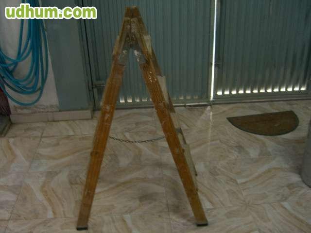 Escalera de madera 3 for Escalera electricista madera