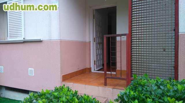 Alquiler de bajo con terraza 1 for Alquiler bajo con jardin majadahonda