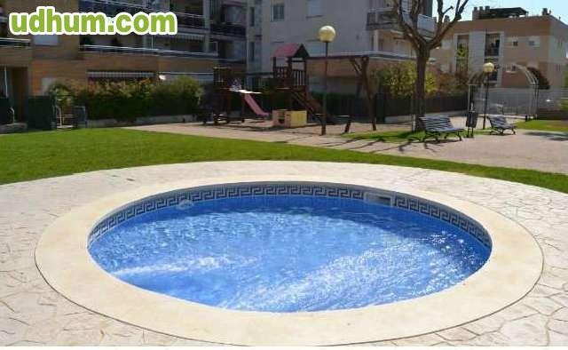 Reforma reparacion piscina ba o jacuzzi for Reparacion piscinas barcelona