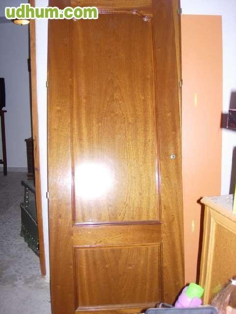 Puertas de madera seminuevas for Puertas acristaladas interior