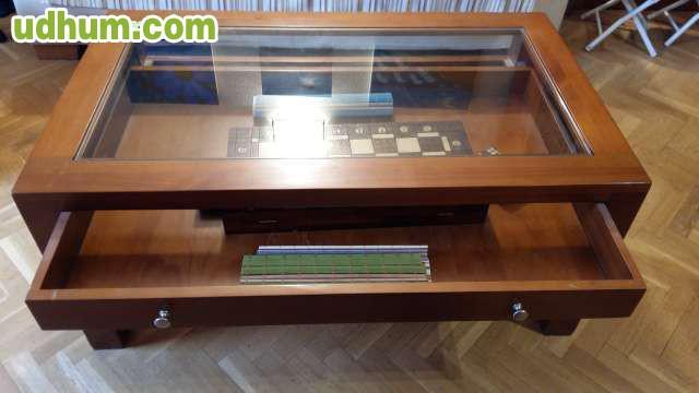 Mesa centro de salon madera maciza for Mesa salon madera