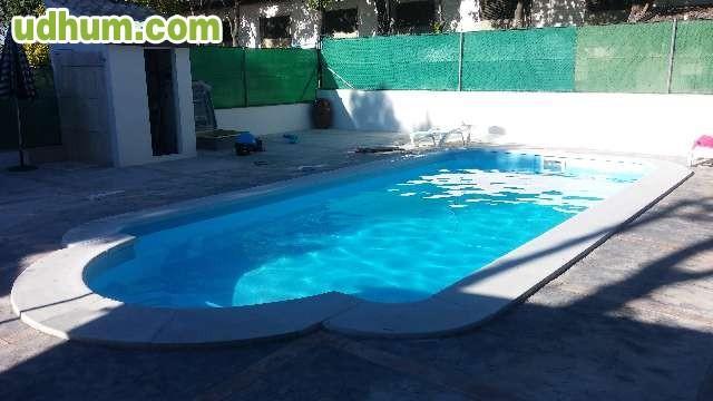 oferta de piscinas poliester