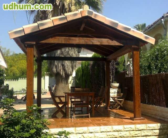 Porche de madera 2 for Porche jardin madera