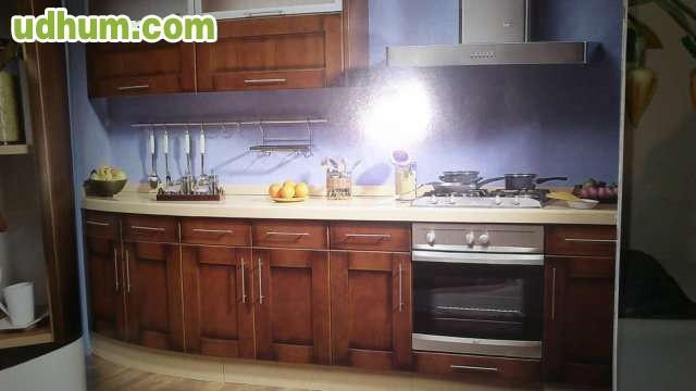 Cocina madera haya o roble for Muebles de cocina italianos