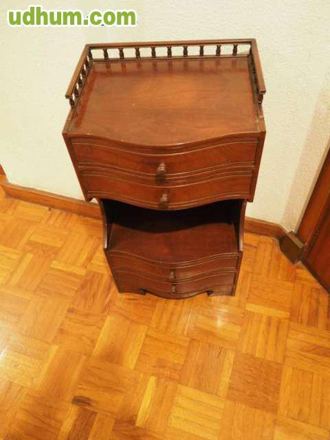 Mueble auxiliar madera maciza vintage for Milanuncios muebles vintage