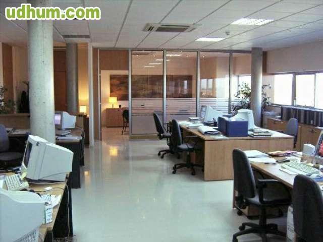 Oficinas en venta en sevilla for Oficinas cajasol sevilla