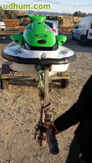 Vendo moto de agua yamaha 1 for Vendo estanque para agua