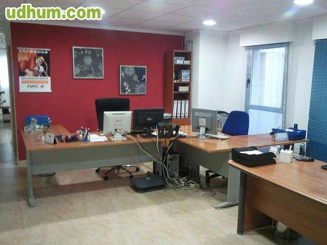 Piso para oficina en centro torrevieja for Oficina de empleo torrevieja