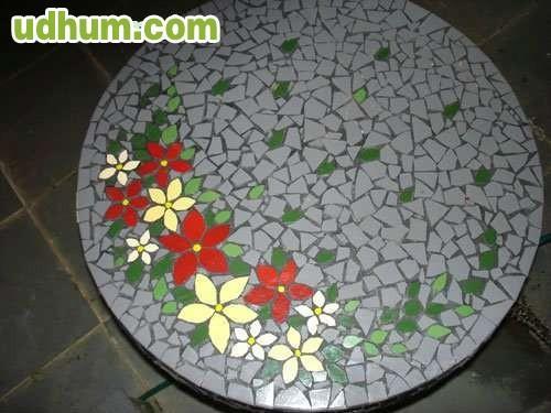 mesa de mosaicos para jardin o terraza