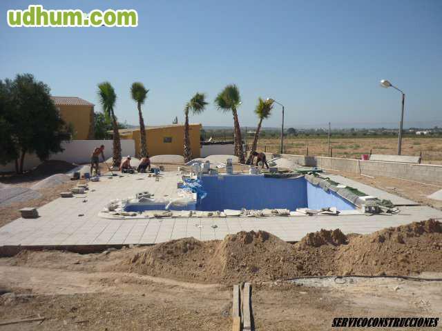 Construcci n piscina de obra torrevieja for Piscina torrevieja