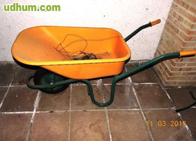 Carretilla para jardin y obra for Vendo caseta metalica