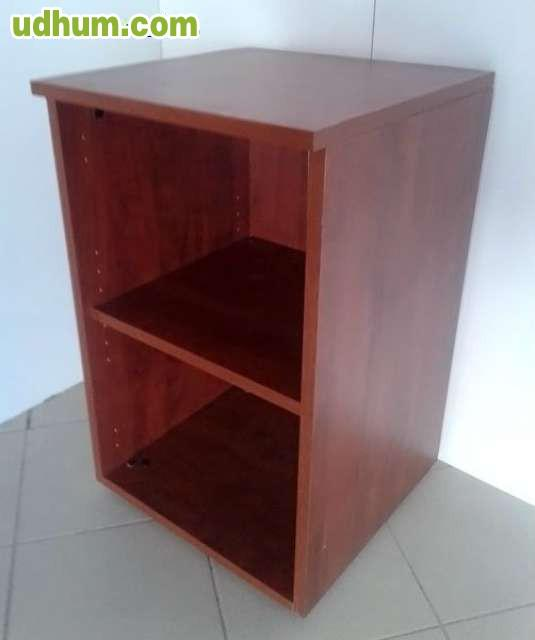 Mueble auxiliar de madera segunda mano 1 for Muebles auxiliares segunda mano
