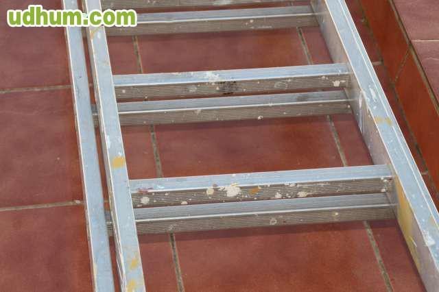 Escalera aluminio dos tramos 4 4 metros for Escalera 8 metros