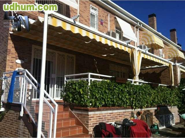 Pergolas con toldo porches for Porches de ocasion