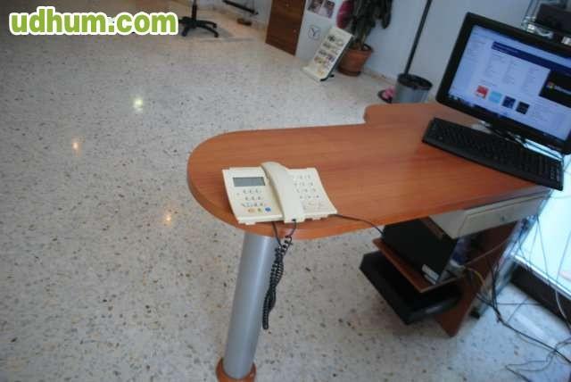Vendo Mobiliario de Peluqueria en perfecto estado mueble de recepcion