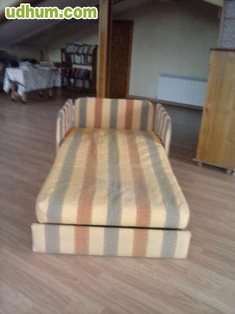 Sof que se convierte en cama for Busco sofa cama