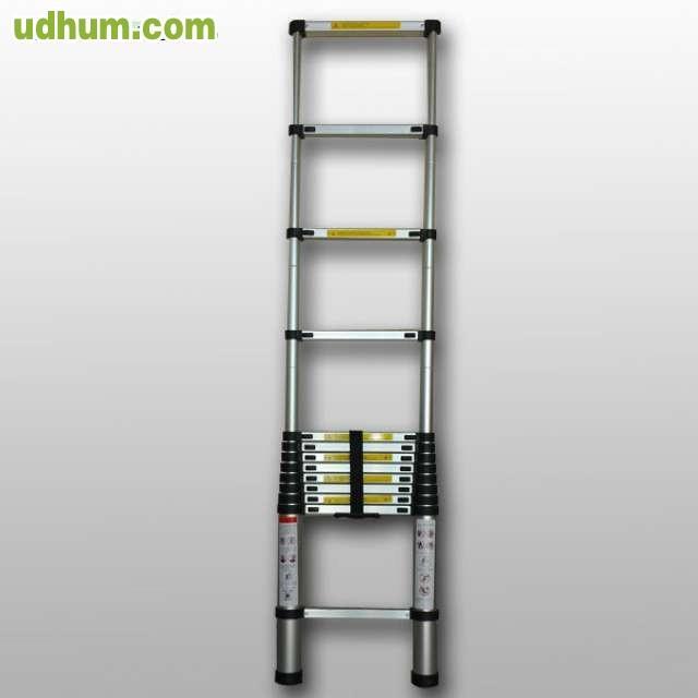 Oferta este mes escaleras telescopicas for Oferta escalera aluminio