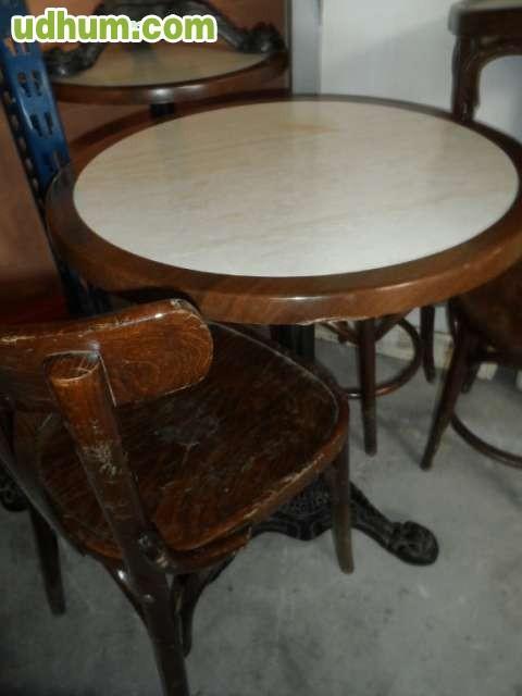 Sillas de madera para bar o cafeteria for Sillas madera cafeteria