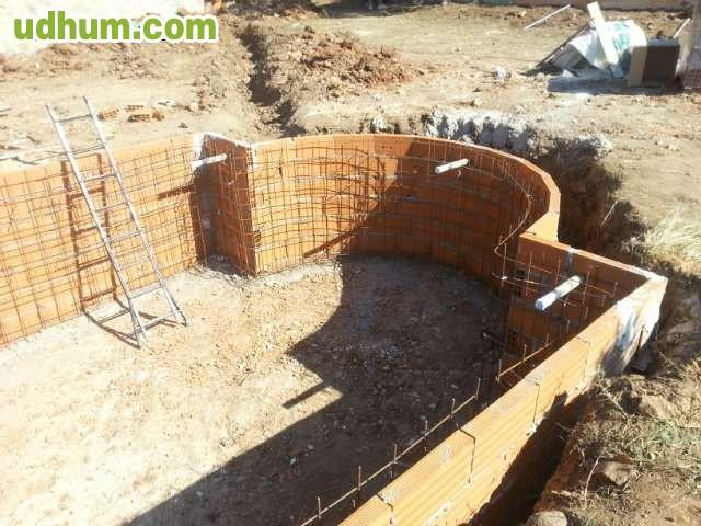 Piscina de obra for Precio piscina obra 8x4